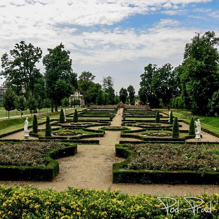 Ogród Pałacowy w Podzamczu k. Chęcin