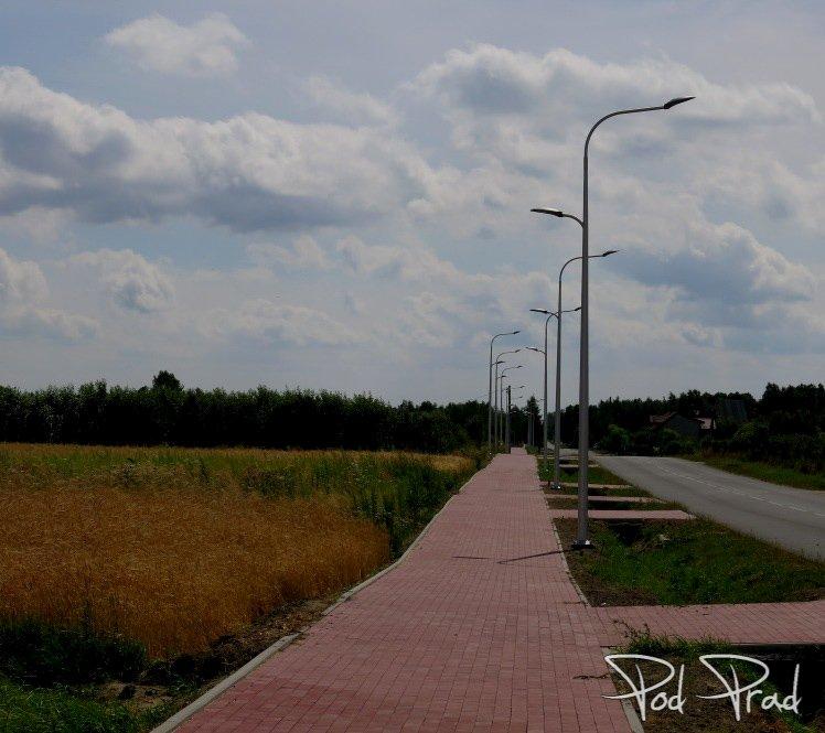 DDR-ka prowadząca do Geoparku