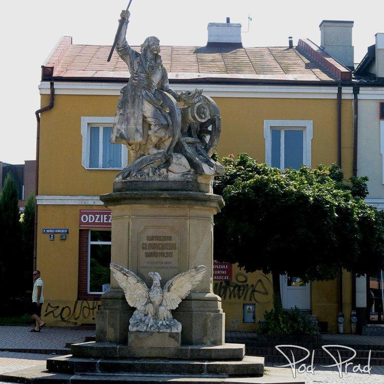 Pomnik Bartosza Głowackiego w Tarnobrzegu